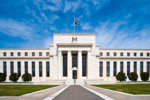 """彭博重磅预测!美联储有望成为全球首家购买""""比特币垃圾债""""央行 美国商业软企宣布提高发债 加码押注加密货币波动性"""