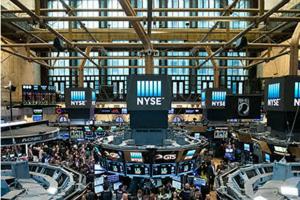 美股盘中:美国确诊超162万三大股指承压 地缘政治风险令航空、芯片及中概股普跌