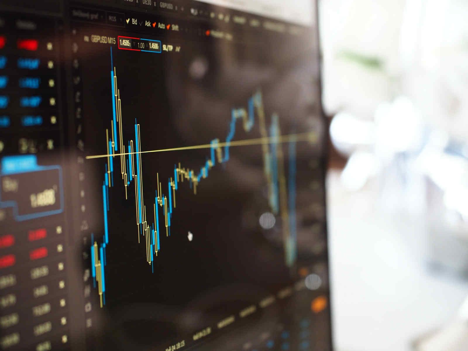 股市大起大落 债市固若金汤 美联储背书下更多投资者由股转债