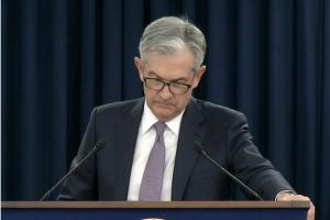 """""""复苏前景极不确定、经济扩张远未完成""""美联储鲍威尔再发警告"""