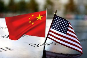中美局势两则消息!上千中国研究人员离美?中方回应美众院通过法案威胁禁止中国公司在美上市