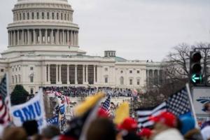 """美国最新消息!国会大厦""""沦陷"""" 努钦、蓬佩奥最新表态:暴力行为完全不可接受"""