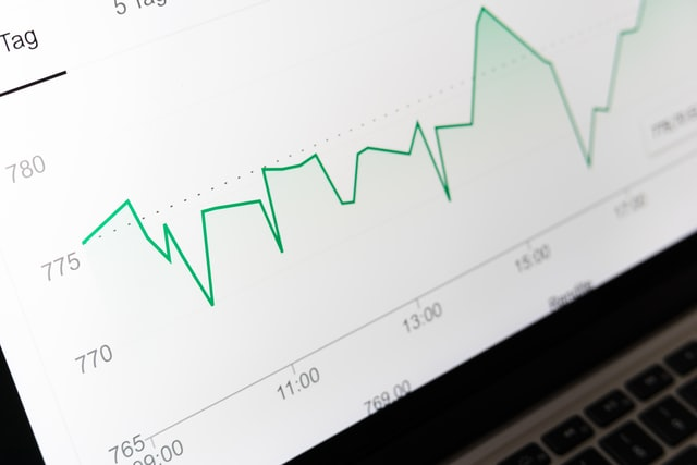 【股市分析】桥水达里奥发文解疑:我们是否处于股市泡沫中?