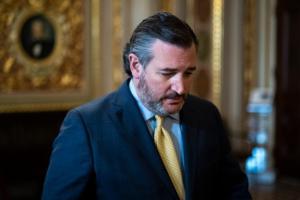 共和党参议员克鲁兹警告拜登政府不要将司法部政治化