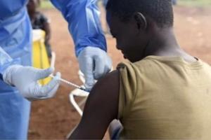 刚果(金)东部新增3例埃博拉感染病例 刚果(金)西部爆发未知疾病、已致14人死亡