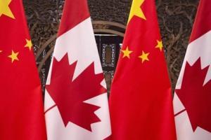 """中加重磅!加拿大警告:中国可能""""任意拘留""""与新疆有联系的旅客 媒体工作者应""""格外警惕"""""""