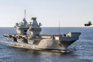 """制衡中国?英媒:英国""""伊丽莎白女王""""号航母战斗群启程奔赴印太地区 进行首次""""全球英国""""作战部署"""