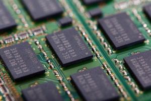 【半导体汇总】芯片供不应求获解!台积电宣布6月前补足短缺需求 英特尔后悔无视苹果酿成最大错误