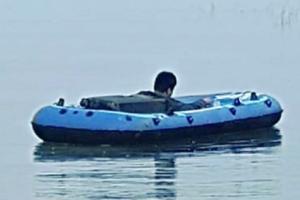 """两岸最新消息!又一名中国大陆男子驾橡皮艇偷渡台湾、声称""""投奔自由"""" 台正深入了解其有无解放军背景"""