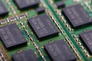 【半导体汇总】韩国三星加速追赶!美国IBM合同强化自信心 重磅喊出快于台积电目标 力拼3奈米风险试产计划