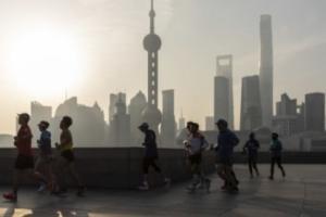 三张图显示:中国债务水平急剧增加 成为最大的经济挑战之一