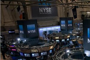 美股盘中:估值过高后进入超买区域 美股面临获利了结 美国航司或将复飞航空股暴涨