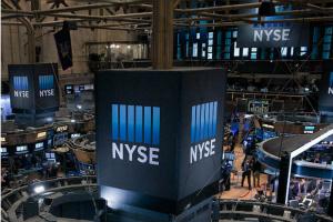 美股盘中:市场押注白宫将增加失业救济股市大涨 TikTok收购谈判提振微软