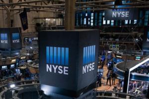 美股盘中:财报引发不同解读股市涨跌不一 市场谨慎等待美联储重磅决议